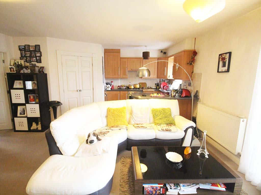 2 bedroom apartment For Sale in Colne - IMG_8088 2.jpg